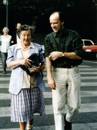 Taking a stroll with his mother Bríd during the Spanish Nightnoise Tour in 1994. The late Johnny Cunningham with his mother in the background